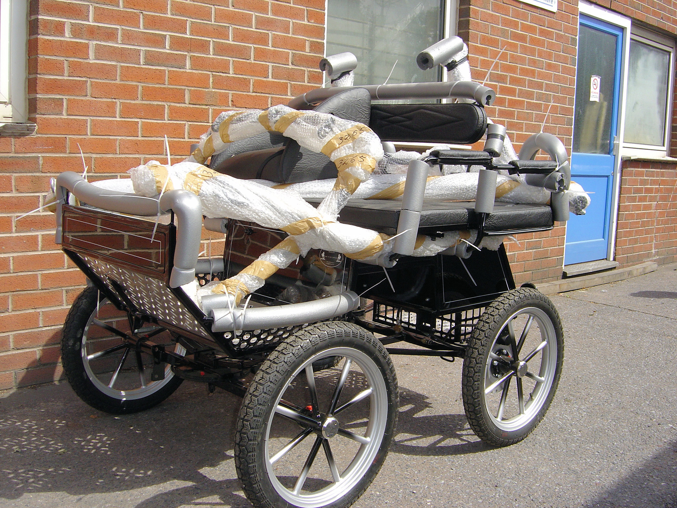 Quality new and used horse carriage gigs carts for How to build a carriage
